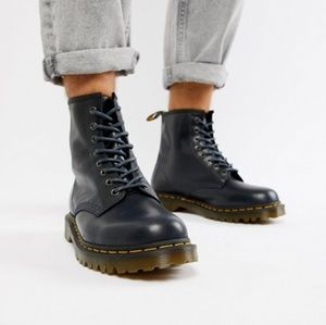 DR MARTENS LEATHER BLACK BOOTS MEN 12